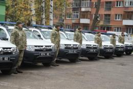 Дев'ять нових сучасних автомобілів «Renault Duster» отримали прикордонники Чернівецького загону