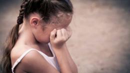 На Буковині покарали чоловіка, який згвалтував власну малолітню дочку