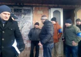 У Чернівцях в Садгорі виявили будинок з безхатченками, яких, ймовірно, змушували жебракувати (фото)