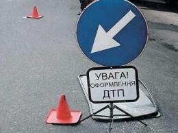 """На пішохідному переході у Чернівцях """"Опель"""" збив хлопця"""