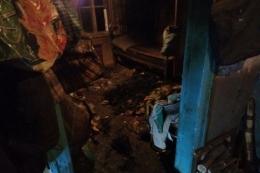 На Буковині у палаючому будинку загинула пенсіонерка