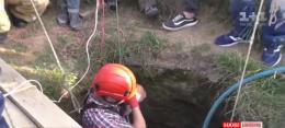 Третю добу на Буковині рятують копача колодязя, якого засипало на 30-метровій глибині (відео)