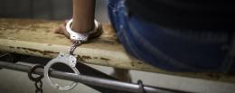 На Буковині за знущання, побиття та катування неповнолітнього двох буковинців посадять на шість років