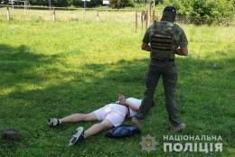 Екс-міліціонер з Буковини попався на збуті наркотиків