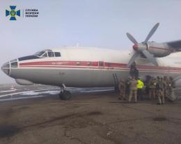 Силовики провели антитерористичні навчання на базі аеропорту «Чернівці»