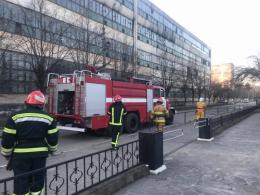 У поліції встановлюють причини пожежі на заводі «Розма» в Чернівцях