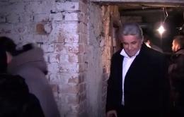 Через воду, що накопичується в підвалі будинку на Героїв Майдану, чернівчани живуть у сирості (відео)