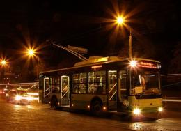 У Чернівцях з Південно-Кільцевої останній тролейбус виїжджає після опівночі