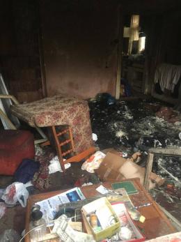 У Чернівцях врятували трьох людей, які ледь не згоріли уві сні (фото)