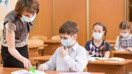 У Чернівцях міськрада дозволила роботу шкіл і дитсадків з 1 вересня