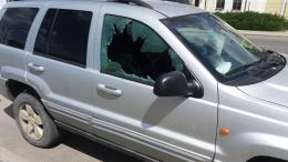 У Чернівцях невідомі обікрали автівку члена виконкому