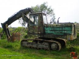 На Буковині затримали підприємливого горе-тракториста, який крав гравій з річки Сірет