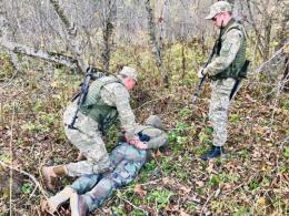 На Буковині поблизу кордону затримали чоловіка з радіостанцією