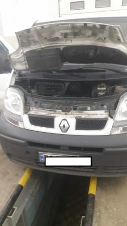 Буковинські митники вилучили у тернополянина мікроавтобус