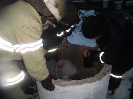 У Чернівецькій області 44-річний чоловік наклав на себе руки, стрибнувши у криницю