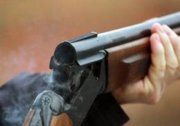 На Буковині чоловік застрелився з рушниці