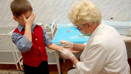 У мерії Чернівців розповіли, чи допустять дітей без щеплень до шкіл і дитсадків