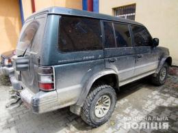 На Буковині поліцейські виявили водія з підробленими документами на авто