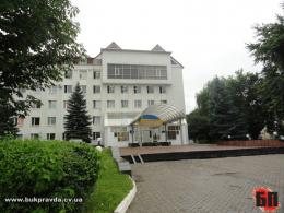 Чернівецька міськрада хоче виділити мільйон гривень податківцям