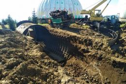 На Буковині «пиляють» на металобрухт залишки військового об'єкту