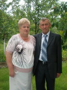 У мережі з'явилося фото подружжя, яке загинуло у моторошній ДТП на Буковині