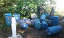 На Буковині прикордонники затримали масштабну партію контрабандного спирту (фото)