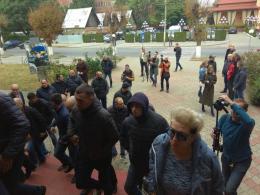 У Чернівцях біля патрульної поліції відбулася акція протесту