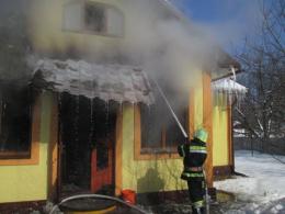 На Буковині в Молодії під час пожежі загинули двоє людей