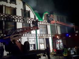 На Буковині сталась масштабна пожежа в ресторані (фото)