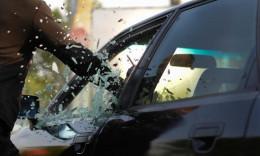 За грабіж та викрадення автомобіля двох буковинців посадять на п'ять років