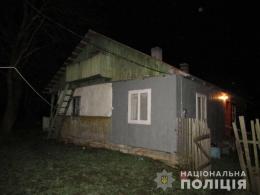 На Буковині поліцейські затримали 33-річного чоловіка, який під час п'янки зарізав свого односельчанина