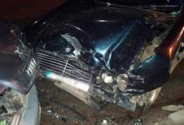 На Буковині п'яна водійка «Мерседеса» виїхала на зустрічну і влетіла в «Ауді»