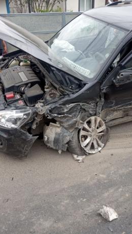 """На Буковині не розминулись """"Volkswagen"""" та """"Chery"""", є постраждалі"""