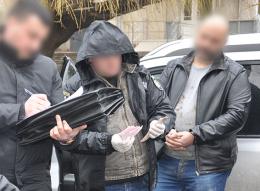 У Чернівцях засудили чиновника за 230 тисяч гривень хабаря