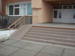 У Чернівцях діти в школі №27 отруїлися через працівника їдальні