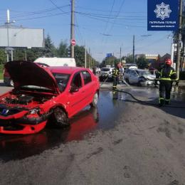 У Чернівцях на вулиці Московської Олімпіади сталося ДТП, є потерпілі