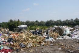У Магалі кілька тижнів горіло сміттєзвалище