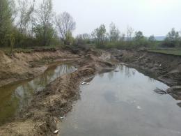 У селі на Буковині невідомі вкрали гравію на майже два мільйони гривень