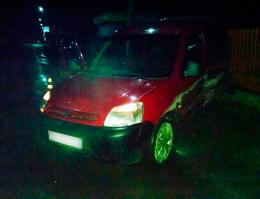 """На Буковині зіткнулись ВАЗ та """"Сітроєн"""", постраждало двоє пасажирів (фото)"""