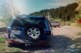 На Буковині поліція затримала п'яного водія «УАЗу», який у горах скоїв ДТП (фото)