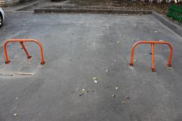 Чернівчани просять заборонити самовільне захоплення паркомісць у дворах