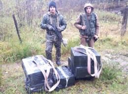 Курсанти-прикордонники затримали контрабандні сигарети (фото)