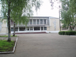 Депутати у Чернівцях підтримали заступника директора ЗОШ №11, який виступив проти несправедливого розподілу премій у школі