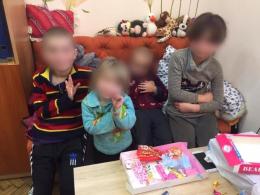 У Чернівцях у горе-батьків вилучили чотирьох дітей через жахливі умови проживання (фото)
