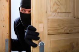 Чернівчанин вчинив 13 крадіжок та заволодів майном на суму понад 120 тисяч гривень