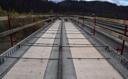 В районі на Буковині завершують будівництво двох мостів, зруйнуваних повінню 2008 року