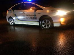У Чернівцях патрульні арештували Mercedes через відмову водія пред'явити документи