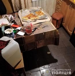 У Чернівцях чоловік вдарив співмешканку ножем та втік (фото)