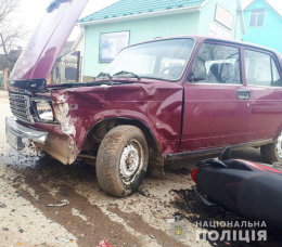 У Вашківцях зіткнулись «ВАЗ» та мотоцикл «Lifan», постраждали двоє неповнолітніх (фото)