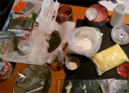 У Чернівцях затримали наркоторговців (фото)